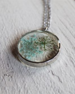 Blue/White Queen Anne's Lace Necklace